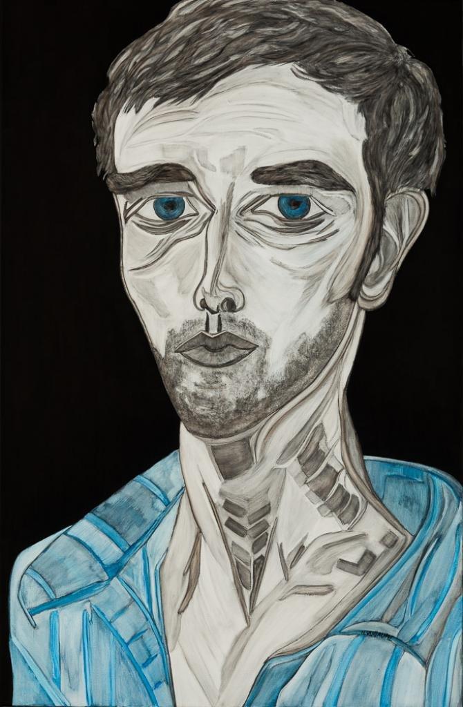 Portrait de jeune homme, avec chemise, et yeux bleus.