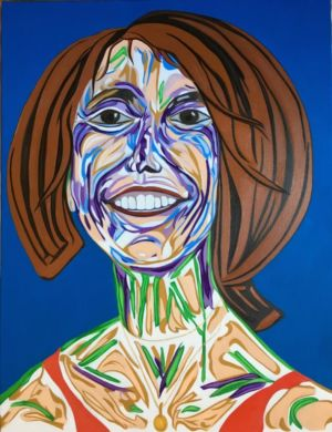Portrait de femme, au pendentif, souriant à la vie.