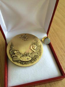 """Medalla de Bronce para """"Art-Sciences-Lettres"""""""