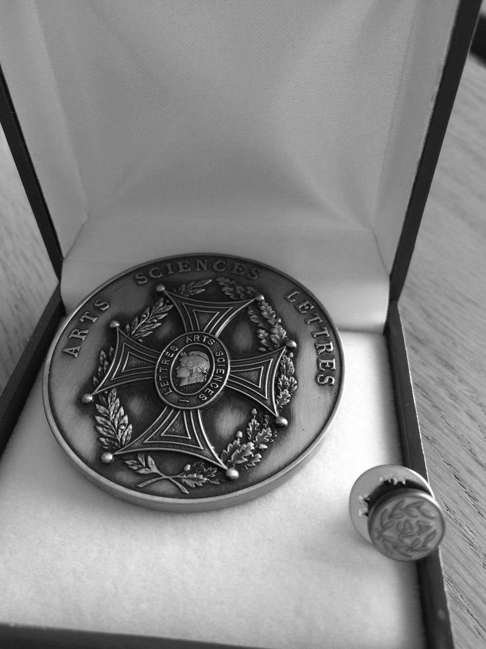 Medalla de bronce - Arts-Sciences-Lettres